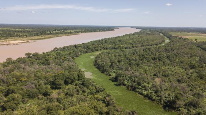 Encontro do rio Verde Grande com o rio São Francisco no município de Matias Cardoso, extremo norte de Minas Gerais